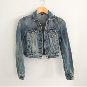 American Eagle Outfitters // Cropped Denim Jacket